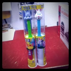 2 PEZ DISPENSERS CANDY INCLUDED BRAND NEW